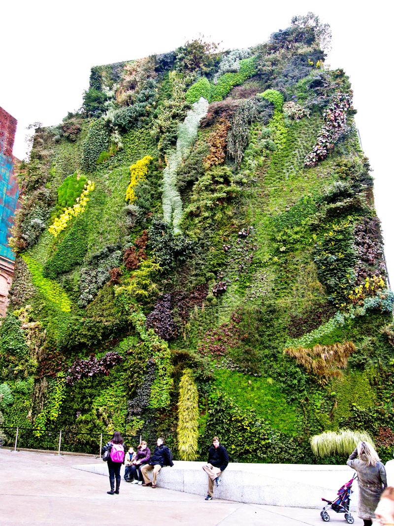 10 công trình tường đứng trong không gian công cộng trên thê giới